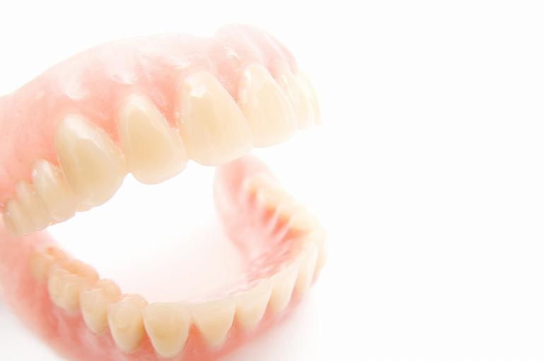 歯が無くなった方へ